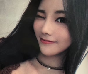 jinsoul, loona, and scan image