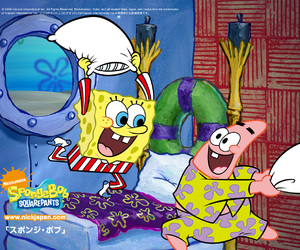 patrick, pillow fight, and spongebob image
