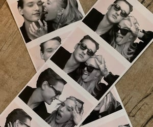 best friends, goals, and photobooth image