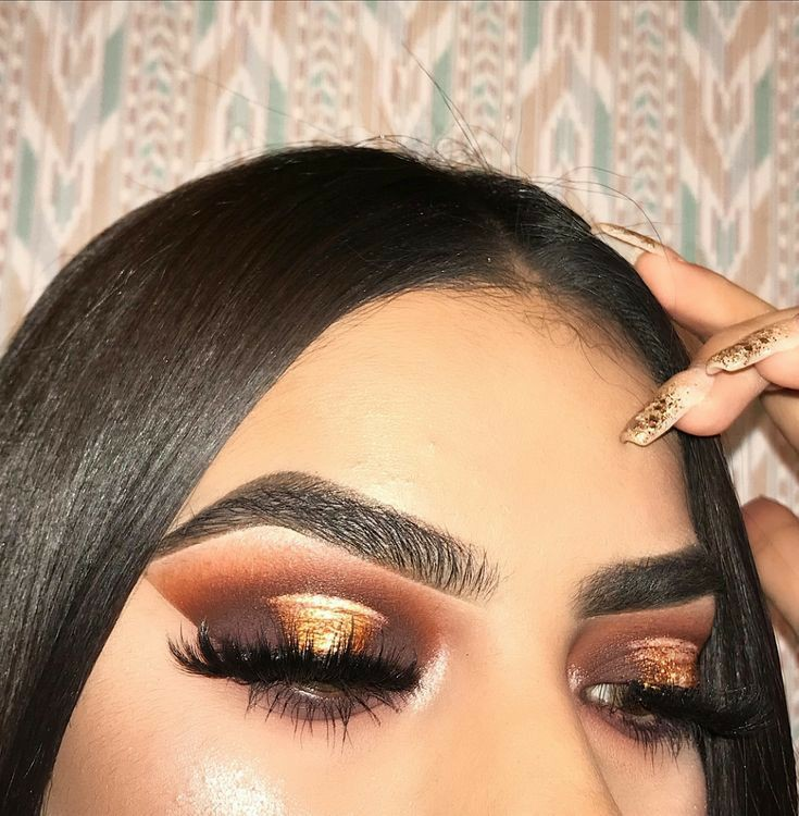 beauty, eyeshadow, and gold image