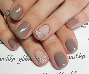 fashion, girls, and short nails image