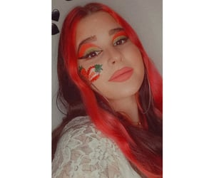 fresa, maquillaje, and strawberry image