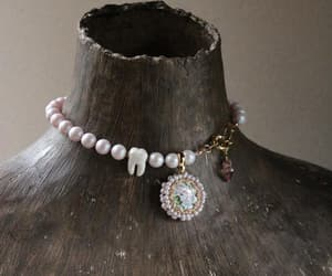etsy, marie antoinette, and pearl choker image