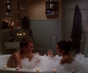 chandler and monica at tow all the kissing