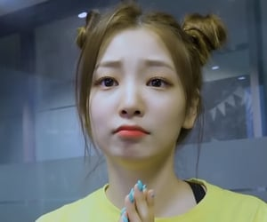 yeonhee, rocket punch, and ropun image