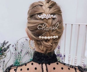 accessory, blond, and cheveux image