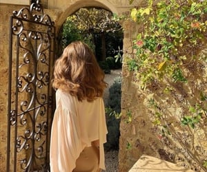 girl, hair, and italy image