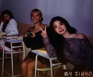 twice, dahyun, and jeongyeon image