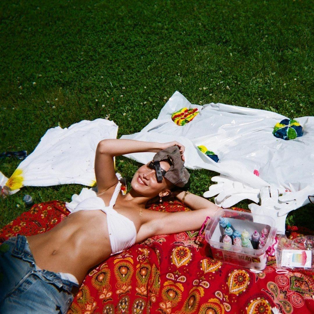 bella hadid, brunette, and model image