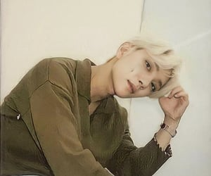asian, blonde, and kpop image