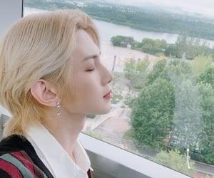 aesthetic, kpop, and kang yeosang image