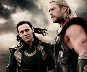 gif, tom hiddleston, and royalty royals image