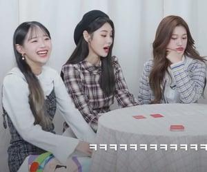 kpop, chuu, and jinsoul image
