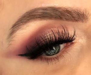beautiful, lashes, and makeup image
