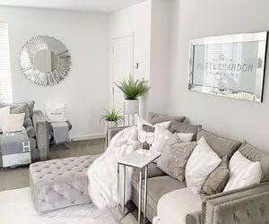 beautiful, flowers, and livingroom image