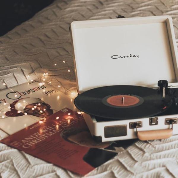 xmas, christmas with the kranks, and hot chocolate image