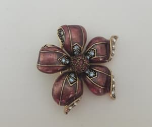 costume jewelry, vintage jewellery, and mother's day gift image