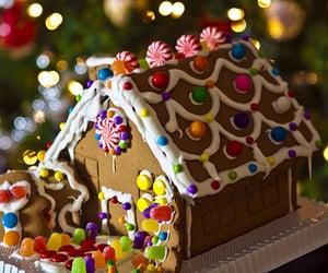 christmas, food, and gingerbread house image