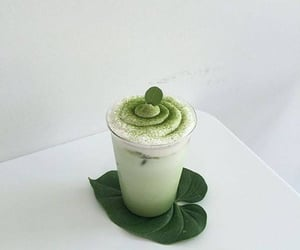 green and food image