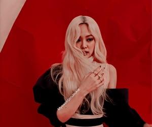 aesthetic, blonde, and jennie kim image