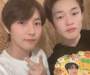 SM, chenle, and nct dream image