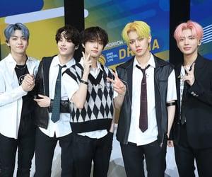 k-pop, kai, and taehyun image