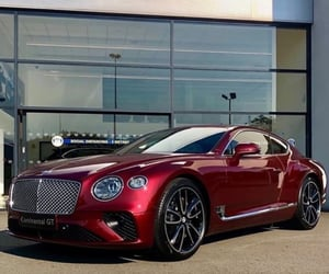 Bentley, fashion, and glamour image