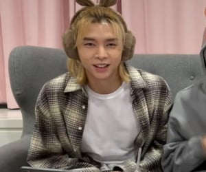 icon, johnny, and nct image