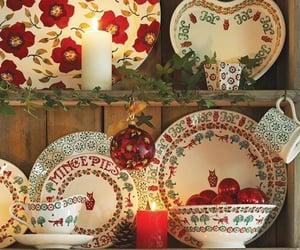 christmas, platos, and hogar image