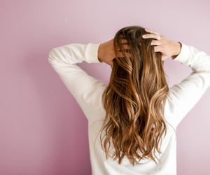 5 Best Homemade Hair Oil For Hair Growth And Thickness. Long, shiny and absolutely stunning tamed hair. That's the dream most of us have, but very few have actually been able to decode the secret to, some have genes that magically contribute to long hair