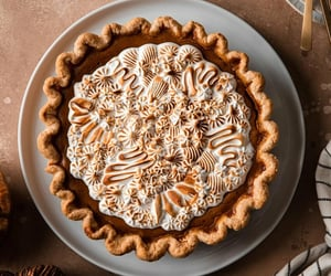 Toasted Meringue Pumpkin Pie