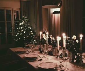 Beautiful dinner with friends and family  💖 via tumblr