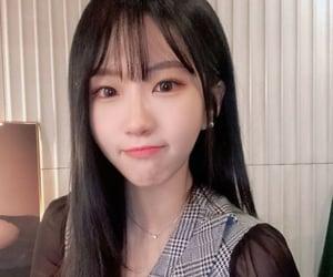 kpop, hashtag, and kpop girls image