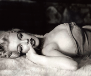 Marilyn Monroe, sexy, and black and white image