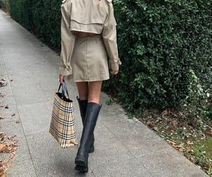 autumn, beauty, and Burberry image