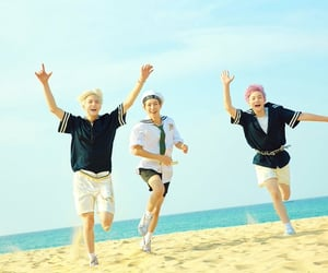 mark, chenle, and nct dream image