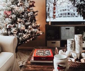 "oldfarmhouse:"" GoodMorningWELCOME Saturday🌿http://instagram.com/allisongoesplaces ""24/7 christmas!"