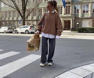 wide leg pants, chic elegant, and fashionista fashionable image