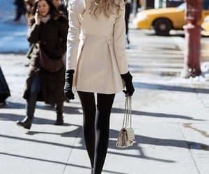 chain purse, fashion, and classy image