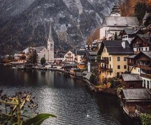 Hallstatt, Austria  via: themodernleper | Twitter