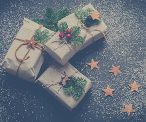 gifts, shipping, and shopping image