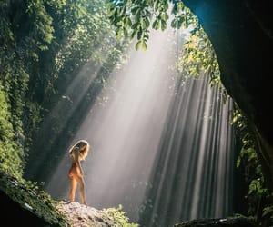 light beams image