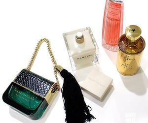 luxury, parfums, and marc jacob's image