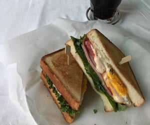 food, sandwich, and aesthetic image