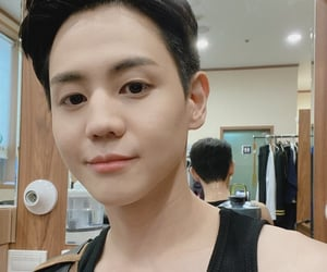 kpop, dongwoon, and doojoon image