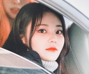 jinsoul, loona, and preview image