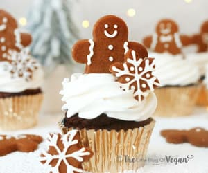 Vegan Gingerbread Cupcakes recipe | The Little Blog Of Vegan
