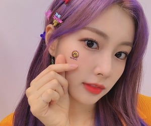 icon, hyewon, and kpop image