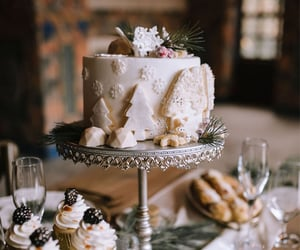 autumn, cake, and chilly image
