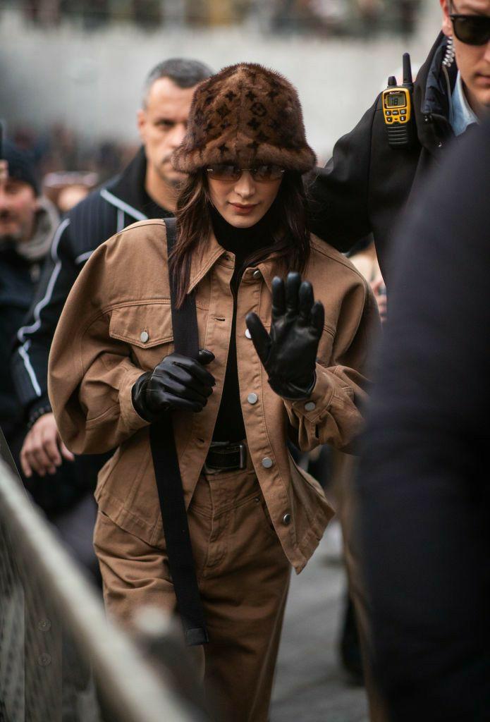 article, brown, and kim kardashian image